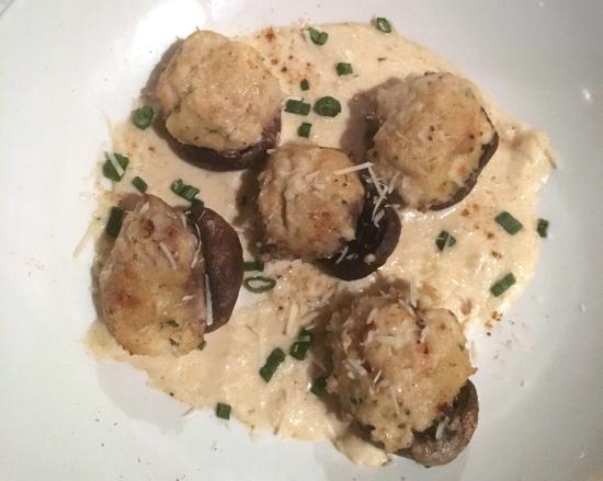 Reston, VA: Mushrooms stuffed with crab and shrimp