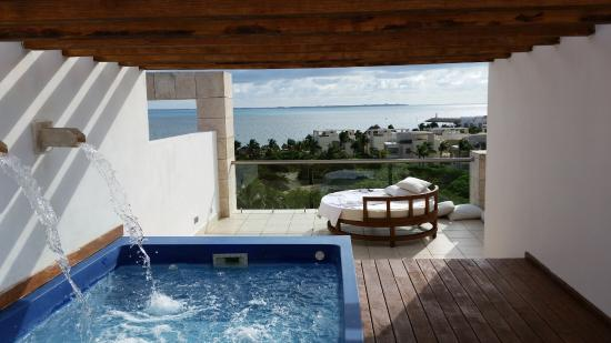 Excellence Playa Mujeres: Rooftop terrace with ocean view