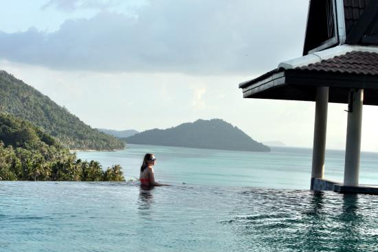 Taling Ngam, Tayland: View from the Infinity Pool of InterContinental Samui is magnificent!