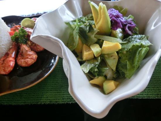 Tegalalang, Indonesia: アボガドサラダ ドレッシングが美味しい!