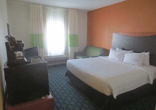 Burnsville, MN: Room 116