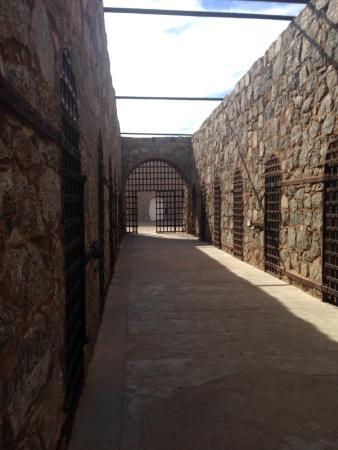 Yuma, AZ: Wall of Cells