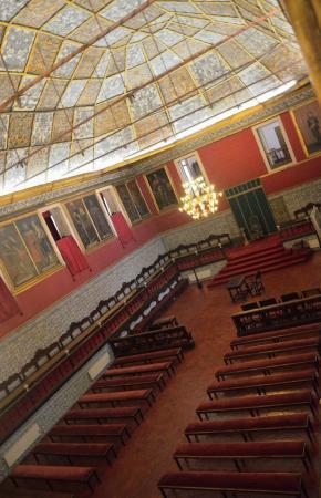 Università interno (sala degli esami) - Foto di Biblioteca Joanina ...