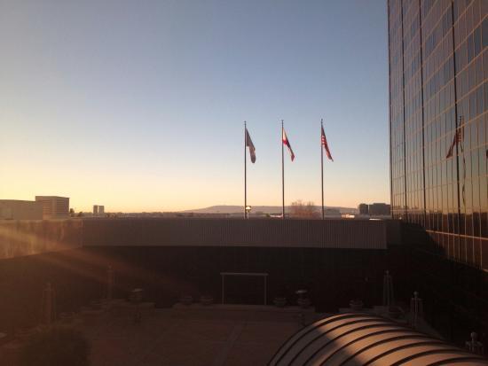 Hilton Los Angeles Airport Photo
