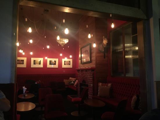 New Plymouth, Nueva Zelanda: Inside the snug lounge