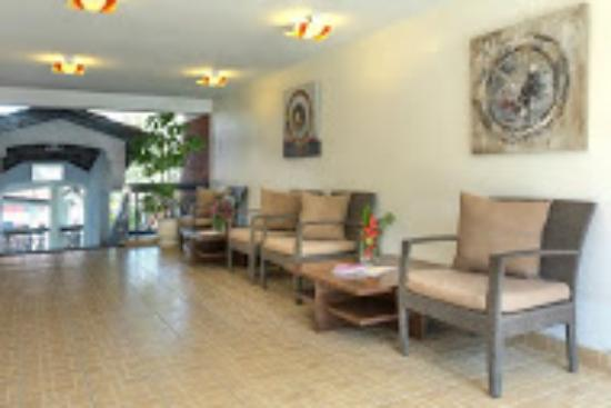 Heri Heights Serviced Apartments: LOUNGE