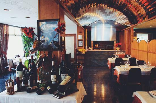 Región de Encamp, Andorra: Barbacoa y sala de comedor