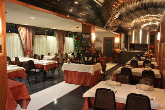 เอนแคมป์, อันดอร์รา: Sala de comedor