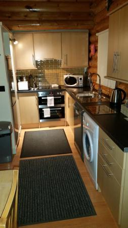 Knighton, UK: well equipped kitchen