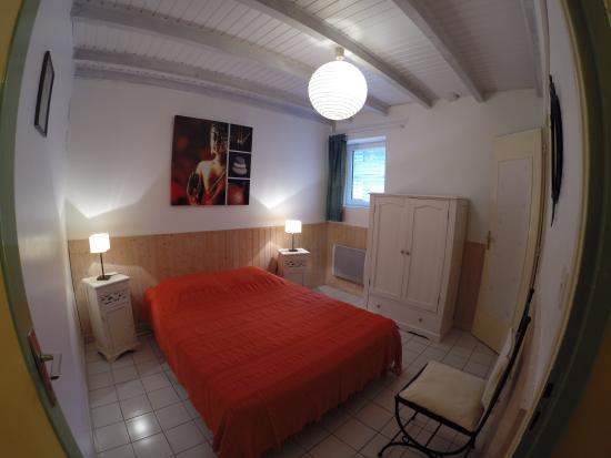 Gîtes la Grange du Cheval Blanc : Chambre gîte n°5