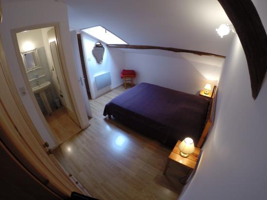 Gîtes la Grange du Cheval Blanc : Chambre gîte n°3