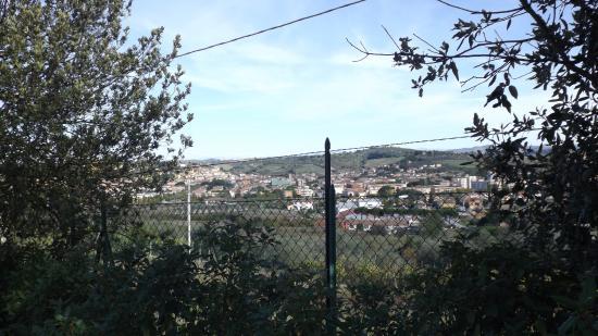 Castelfiorentino, Italia: panorama del paese dal giardino