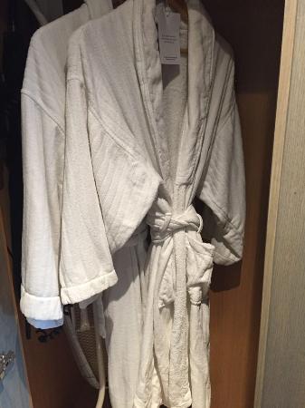 Radisson Blu Edwardian Mercer Street Hotel: Not The Best Dressing Gown