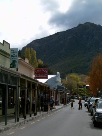 main street Arrowtown from the fork and tap