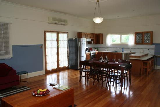 Gloucester, Australien: Self Contained Studio Apartment