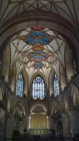 Tewkesbury Abbey: Ceiling & Staned Glass