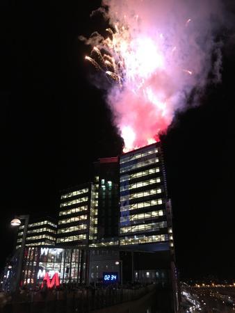 Solna, Suecia: Från nedräkningen vid invigningen den 12 november 2015.
