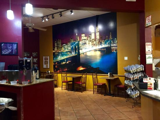 New York Bakery & Deli: Bagles and desserts