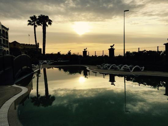 Porto Santa Maria Hotel (Porto Bay): The sunrise's on another peaceful day at the Port Santa Maria!