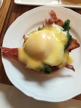 Treviglio, Italien: Eggs Benedict fantastiche