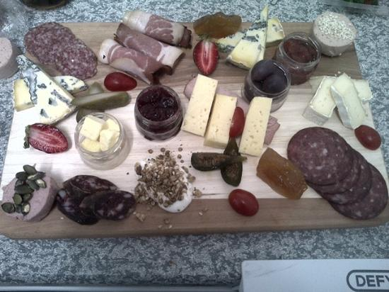 Graaff-Reinet, แอฟริกาใต้: Cheese and Charcuterie Platter