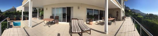 Camps Bay, África do Sul: Panorame der Terrasse
