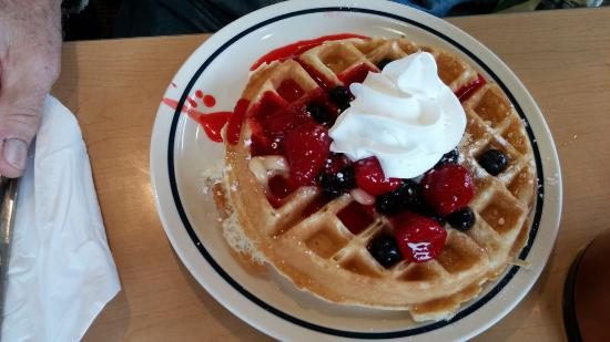 Lexington, ساوث كارولينا: waffle, IHOP, Sunset Blvd, Lexington, SC, Feb 2016