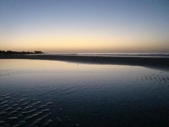 Kotu Beach po zachodzie