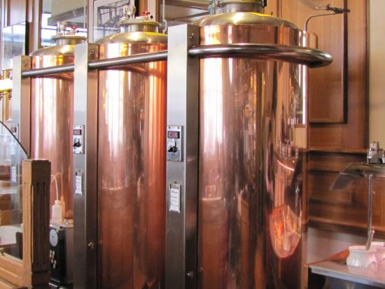 Chateau-d'Oex, Szwajcaria: Copper tanks of the Brewery