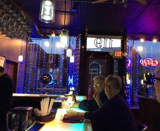 Horseheads, NY: Pretty LED bar table