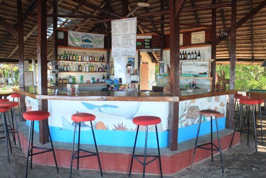 Pandan Island: bar