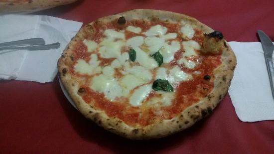 Antica Pizzeria e Friggitoria Di Matteo: 20160203_131742_large.jpg