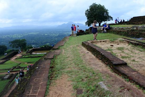 Citadel of Sigiriya - Lion Rock: Мы наверху - наслаждаемся