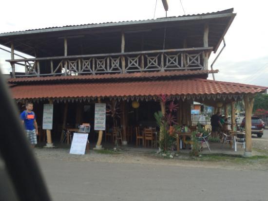 Ricky's Place: Ресторан
