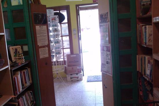 FRONT ENTRANCE LOOKING TO EL CENTRO ALMA LIBRE BOOKSTORE PUERTO MORELOS