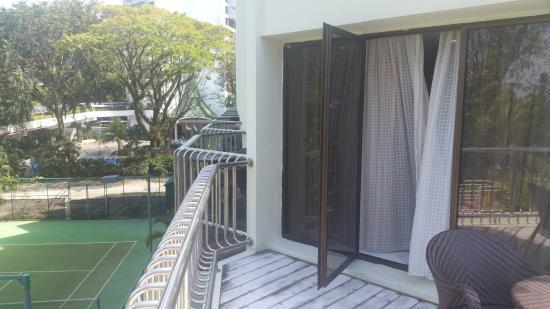 PARKROYAL Penang Resort, Malaysia: Tennis Court