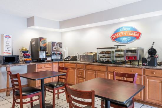 Cambridge, OH: Breakfast Room