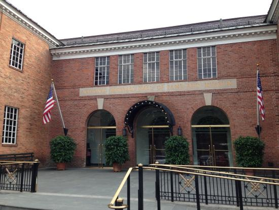 Cooperstown, estado de Nueva York: Entrance to Baseball HOF