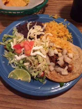 Carmen's Taqueria Mexican Restaurant: Enchilada and Taco Plate - Speedy Carmen