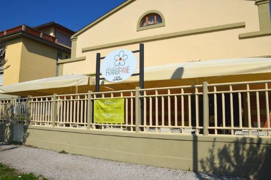 Esterno del ristorante picture of ristorante frangipane for L esterno del ristorante cruciverba