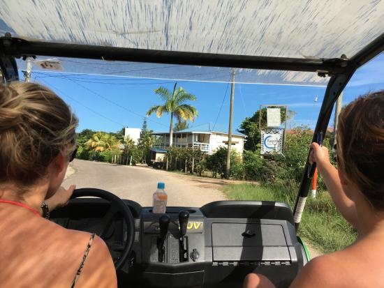 Placência, Belize: Megan driving us back to the hotel