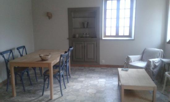 Gilly-les-Citeaux, Francia: SALLE PETIT DEJEUNER