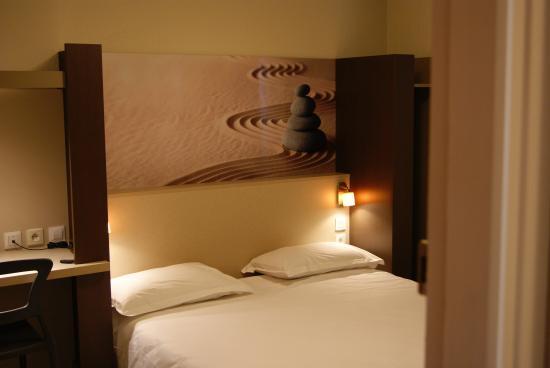 Chambre Communicante - Foto di Pu0026#39;tit Dej-Hotel Clermont-Ferrand ...