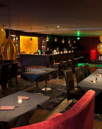 Masterson's Steak House & Wine Bar : Piano bar 3
