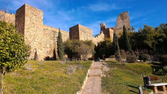 阿尔卡萨瓦城堡