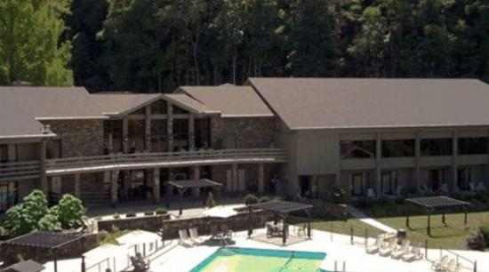 Great Smoky Mountains National Park, Carolina del Norte: Fontana Village Resort Lodge, and there are cabins to rent as well.