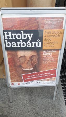 Muzeum Hlavního Města Prahy: Hroby barbarů - výstava