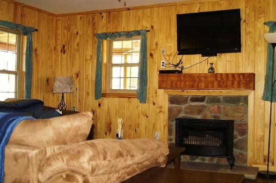 Falls Creek Cabins And Campground: Star Falls Cabin