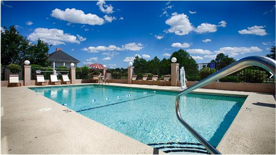 Warner Robins, GA: Pool