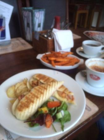 Ashbourne, UK: Bacon and Brie Panini